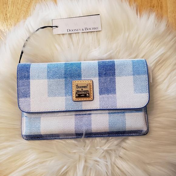 Dooney & Bourke quadretto check wallet